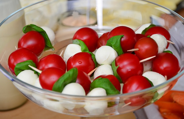 Cherry Tomato and Mozzarella Sticks Snacks